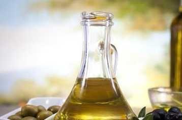 炒菜放食用油除了可让菜变得更加香 还有其他作用吗