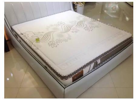宏翔家居智能床垫软床引领智能睡眠!