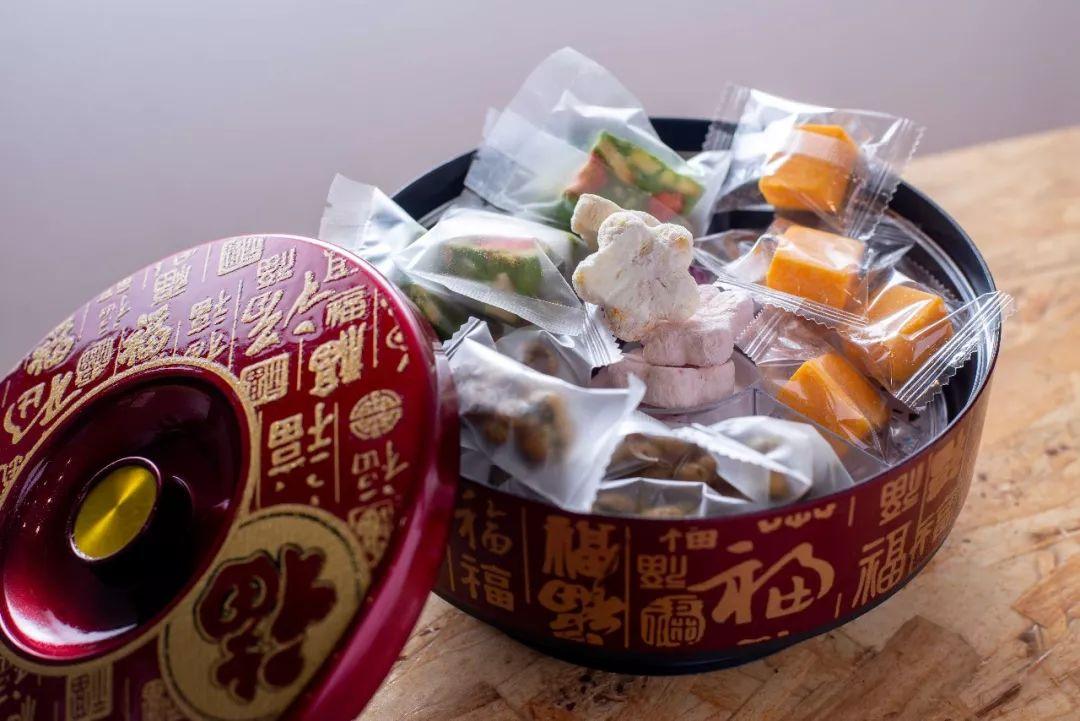 原创丨新年快到,想知道办公室里的糖果盒会装什么吗?!