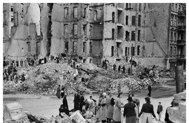 4万人不眠不休清理25年才能完成的砖瓦碎片,德国女人两个月解决