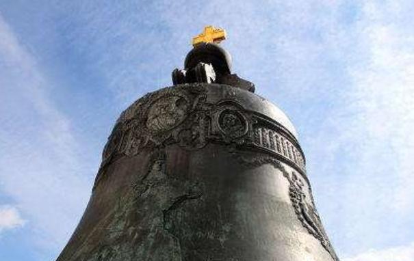 """沙皇钟——俄罗斯铸造艺术的杰作,名副其实的""""钟王"""""""