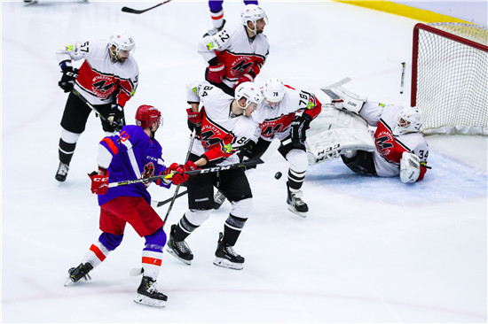 马卡罗夫、周柯林等建功 昆仑鸿星奥瑞金3-1逆转掀翻冶金