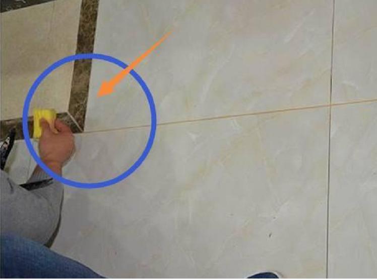 贴完瓷砖后,能不能直接做美缝?好多人做错了,难怪空鼓还脱落!