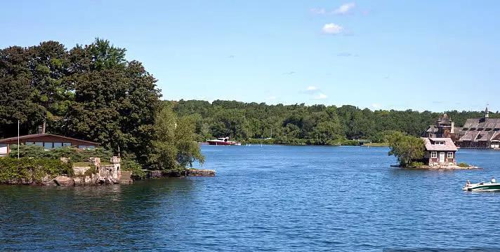我国最干净的湖水:不需要过滤直接可以喝,而且湖底还有重大秘密