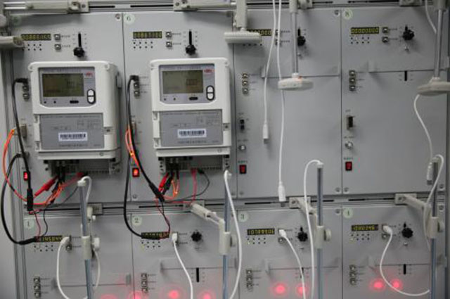 """内行人提醒:""""这4种""""电器用完要拔插头,一年电费能省好几千!"""