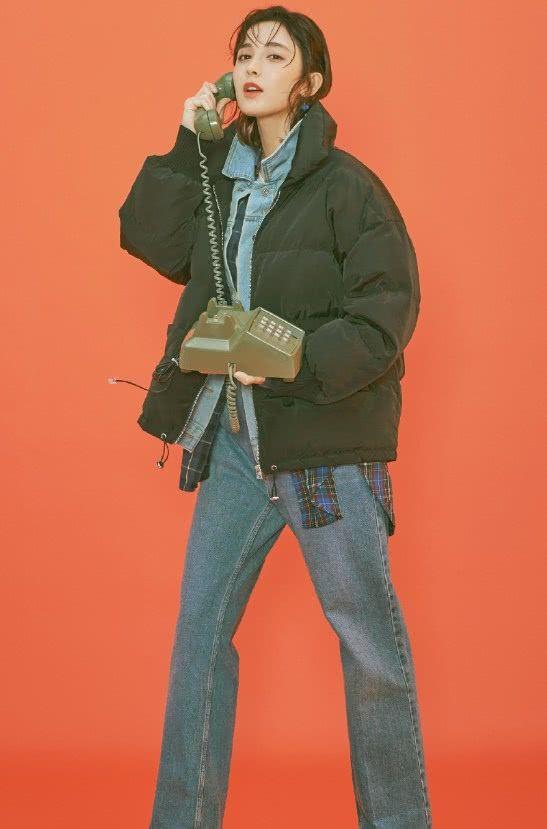 """古力娜扎为了显高,用链条""""挽裤脚""""到只剩10厘米?时髦!"""