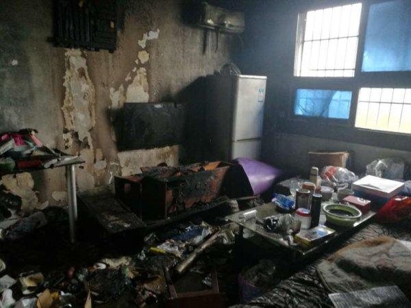 长沙路桥小区一居民家发生火灾
