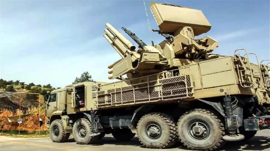 战斗爆发在深夜!多枚导弹射向叙利亚首都,打响中东代理人大战!