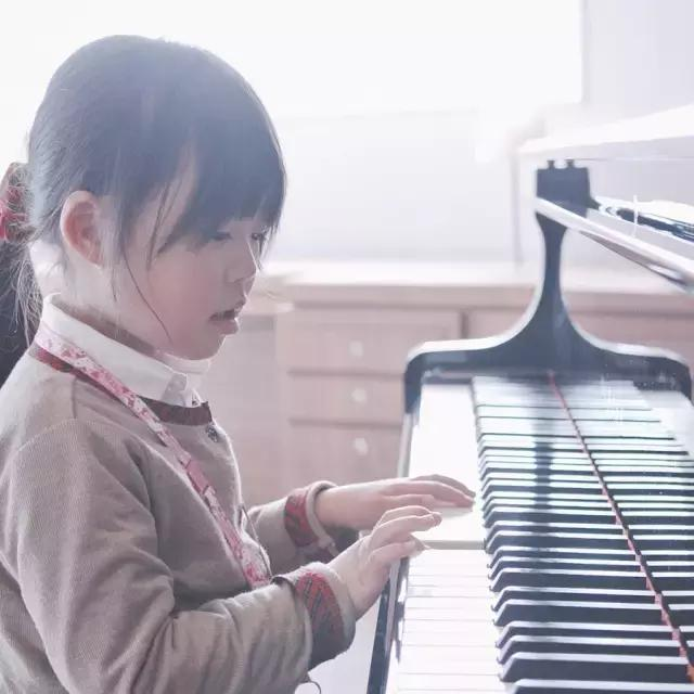 孩子应该花多少时间练习乐器?!