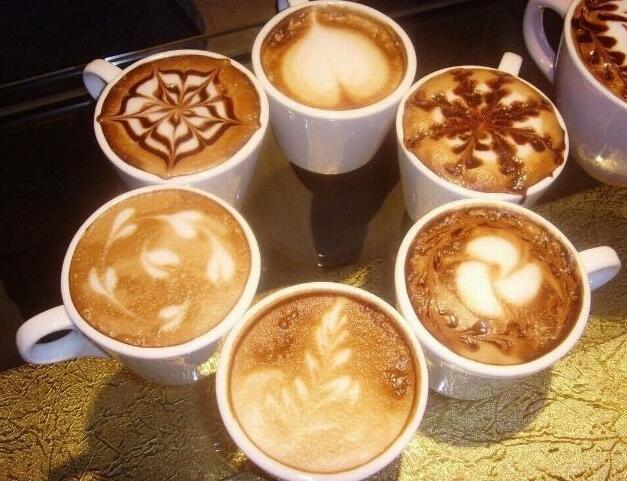 为什么肯德基咖啡才十几一杯,星巴克却贵两倍?网友:真相很扎心