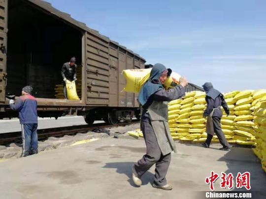 长三角铁路助力春耕?发送17.6万吨化肥等物资