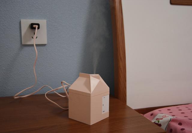 缓解冬天室内干燥,牛奶盒加湿器正好可以排上用场