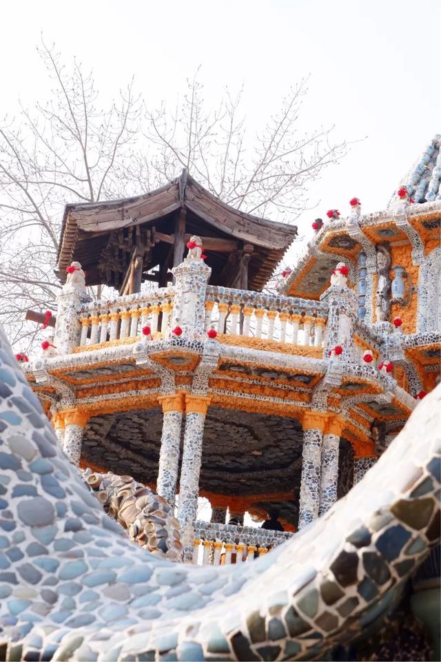 国内富豪的房子,几十吨水晶玛瑙、古董瓷器代替砖瓦,价值百亿