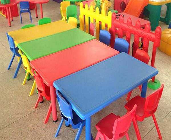 怎样的幼儿园桌椅设计让小朋友爱不释手