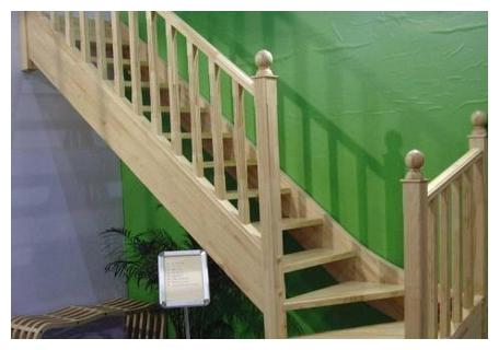 木楼梯扶手安装注意事项,楼梯扶手如何保养?