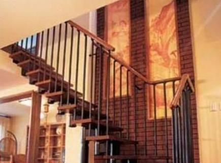 参观张凯丽的豪宅:用实木做楼梯扶手,装修也太豪华时尚了