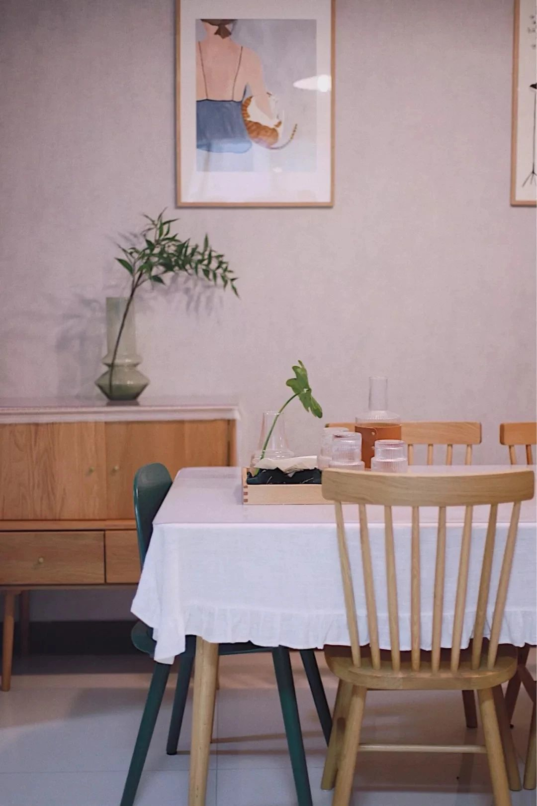 餐厅背景墙,这样挂画好漂亮!