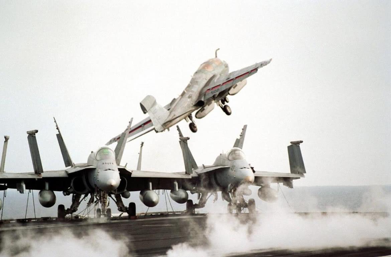 以下战机飞行一小时一百多万,还有例行维修,扔了就是24亿美元