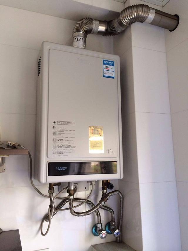 家庭使用燃气热水器和电热水器,哪个更好?