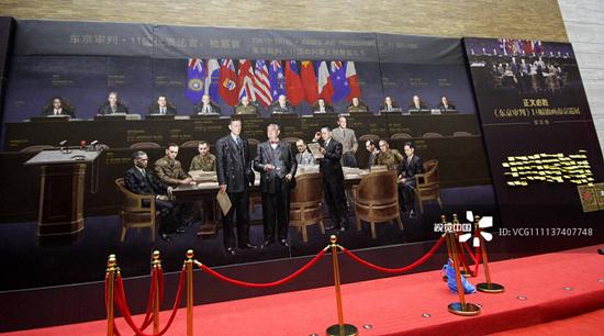 李斌谈油画《东京审判》 :会根据观众意见修改 可能明年画完