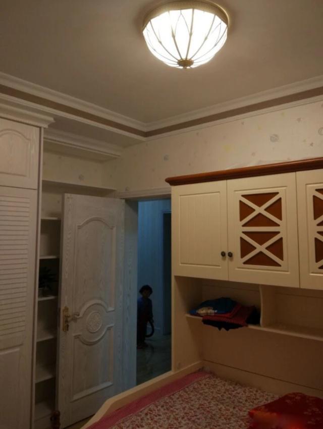 晒晒新房,花了20W,电视墙真漂亮,餐厅巴掌大,亲戚都..
