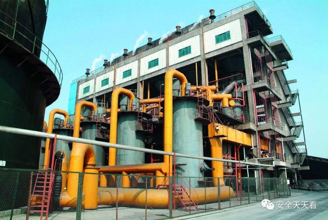 年底又发生2起重大事故9人死亡:陶瓷厂煤气中毒+煤矿矿难