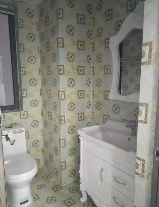 晒晒刚完成装修的90㎡小复式,全屋贴瓷砖还真挺好看的!