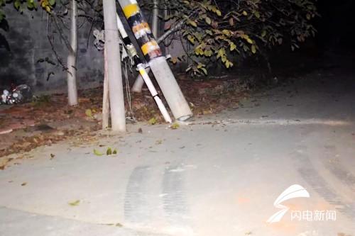 """线缆损坏致交通拥堵2小时 寿光大货车""""硬闯""""不成遭处罚"""