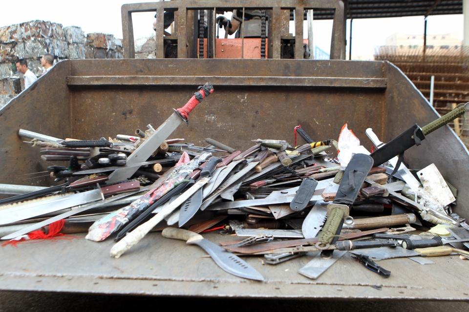 深圳警方开展缉刀专项行动成效明显,收缴管制刀具1.1万余把
