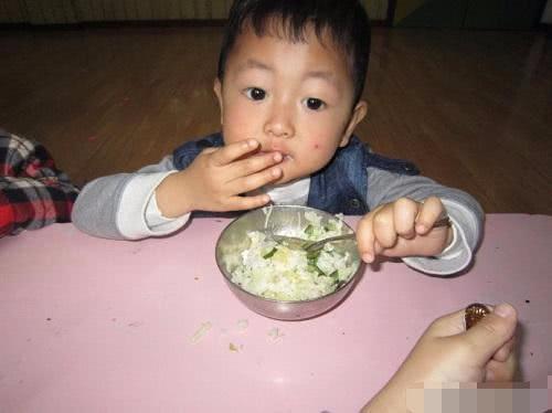 9岁孩子经常腹泻,送医检查竟得尿毒症, 医生:孩子饮食有问题