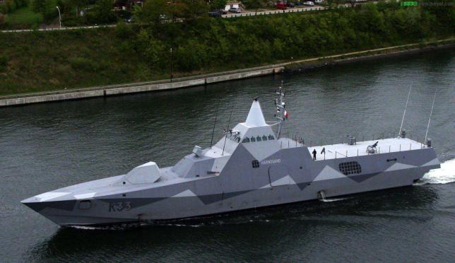 世界上首个使用碳纤维复合材料制成的巡逻机,瑞典的维斯比级