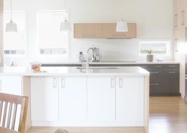 橱柜台面装修万万不要用人造石,如今流行用大理石,美观又实用!