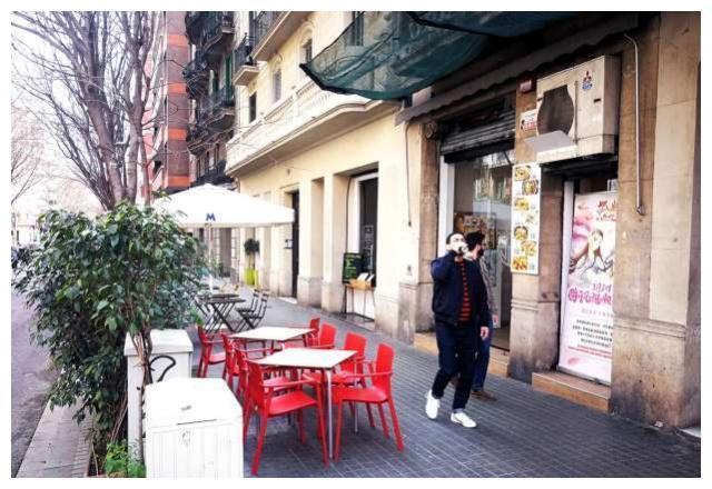 西班牙餐厅暖心应援《狐妖小红娘竹业篇》网友:外国人看得懂吗?