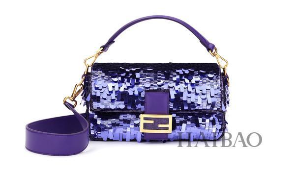 芬迪 (Fendi) 即将推出2019复刻版紫色亮片BAGUETTE手袋,7月中旬起发售!
