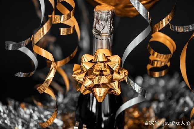 葡萄酒是真的有养生功效吗?网友:酒喝多不应该是伤身吗?