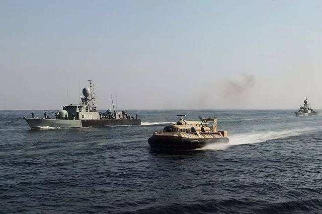 3艘军舰被俄紧追不舍,无线电呼叫美舰无应答,德:这就是现实