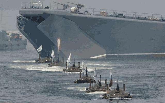 北约舰队后路被包抄,无线电求救信号此起彼伏