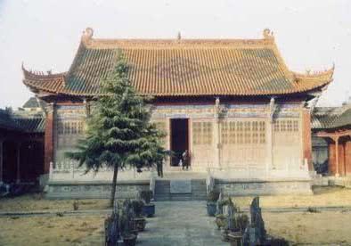 尉迟庙遗址发现五千年前古人房屋,还在屋子里找到最早的装饰材料