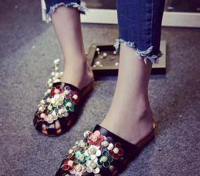 心理测试:选择一双自己喜欢的鞋子,测试你是不是爱情中的百搭!