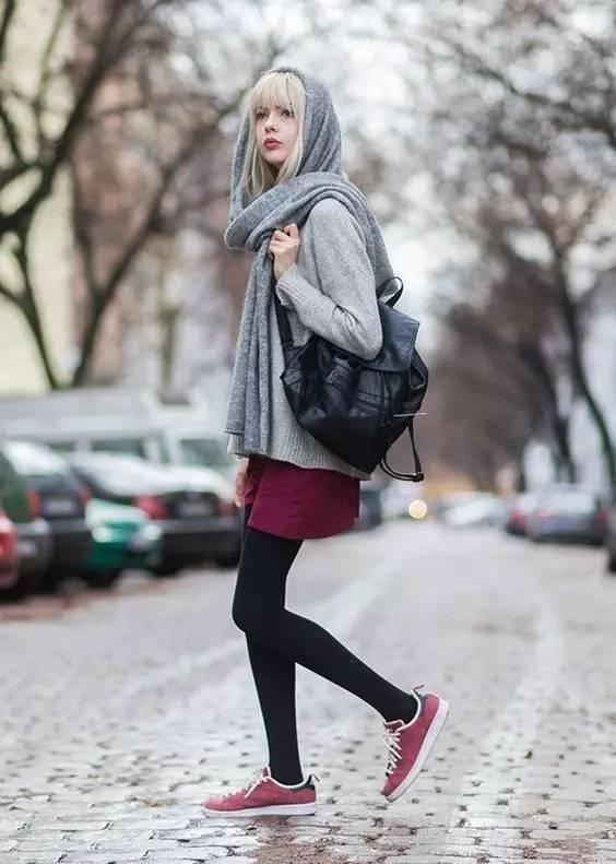"""裤袜这样搭配鞋子,冬天的你也可以很享""""瘦"""""""