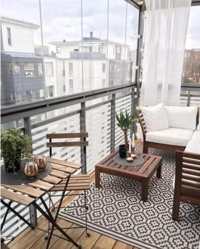 越来越多人阳台不铺瓷砖了,流行用这种