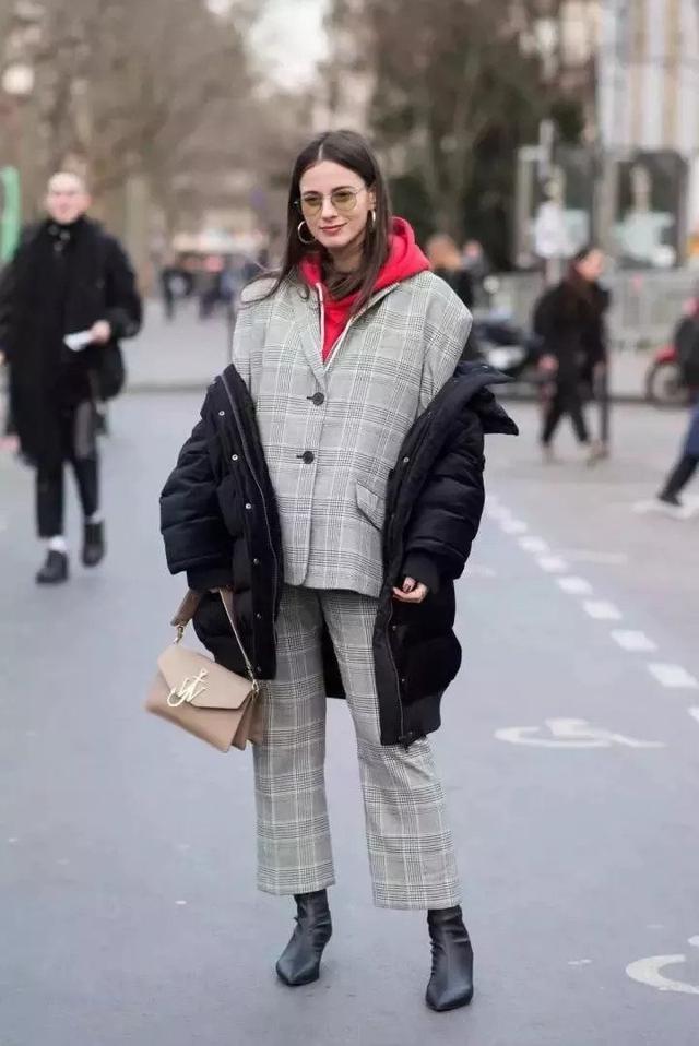 寒冷冬天这样穿羽绒服,温暖时尚两不误