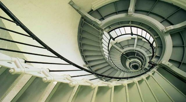 趣味测试:你最不想走哪个楼梯?测你的人际关系如何?