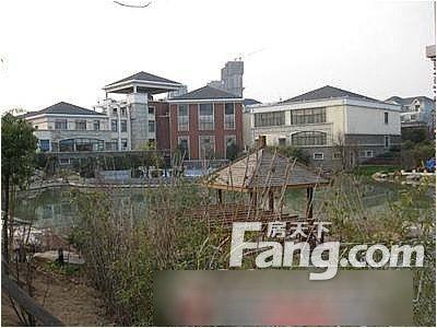 包河区皖东小区 VS 东风机械厂宿舍,哪个更宜居?
