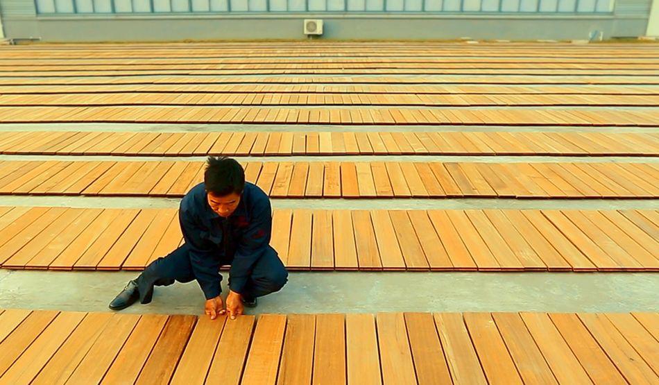 """没用过的根本想象不到!茅台镇酿酒师打造的柚木地板到底有多""""香""""?"""