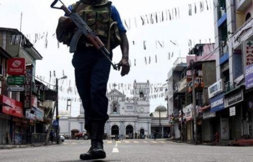 担心再发生袭击 斯警方令民众上交枪械刀具爆炸物