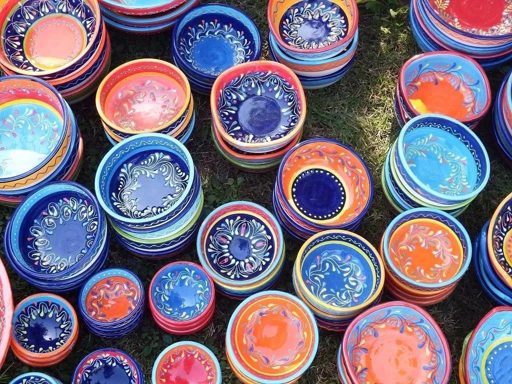 不达标的陶瓷餐具会危害健康,一招教你识别
