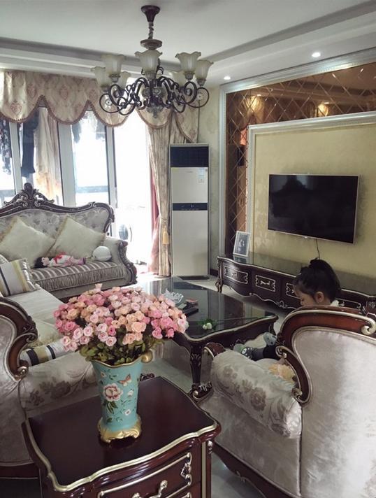 晒晒闺蜜入住了3天的新家,光家具就花了20万,有没有吹牛皮?