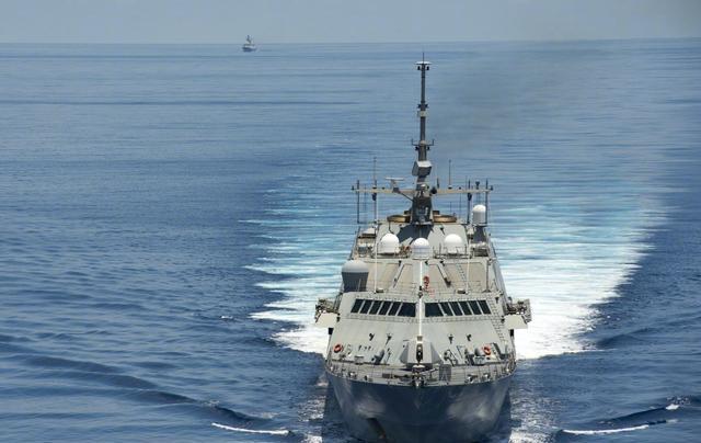 舰艇长时间出海为什么要缠满线缆,有什么作用?今天算长见识了