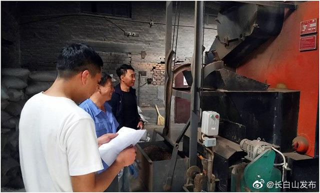 长白山生态环境局池北分局对辖区内锅炉进行专项检查